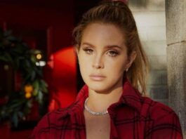 """Lana Del Rey elaborates on album art controversy: """"I got lots of issues but inclusivity ain't one of them"""""""